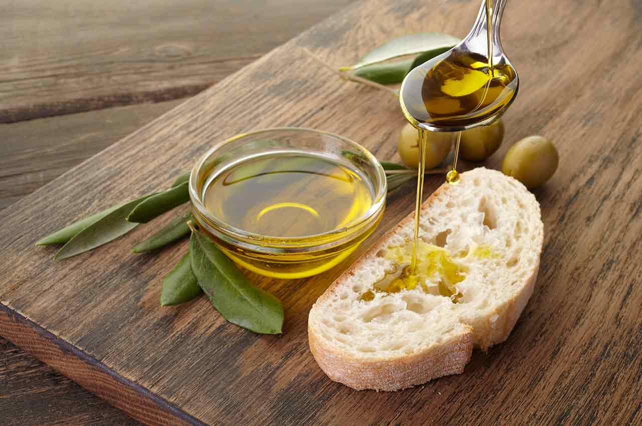 Aceite de Oliva Virgen Extra filtrado para su consumo en crudo